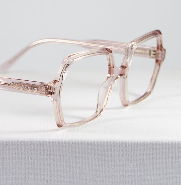 Nova rosa transparente detalle lateral