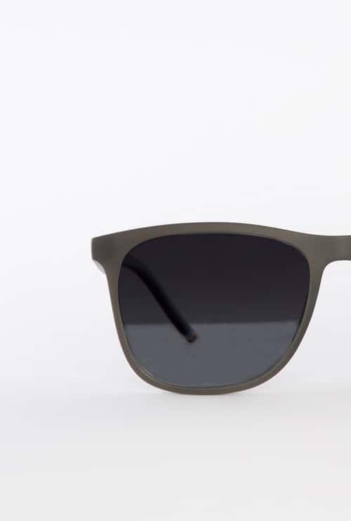 Logan gafa sol progresiva negro frontal