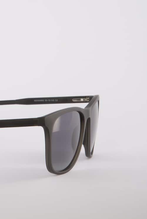 Logan gafa sol progresiva negro lateral medio